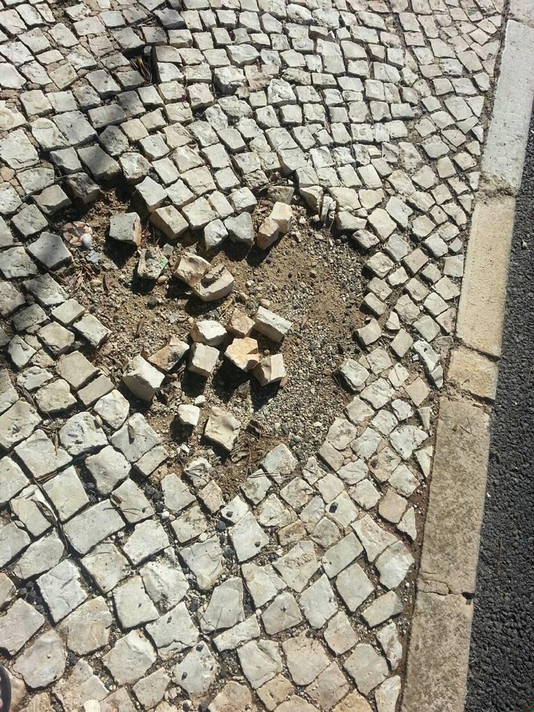 Heart cobblestone